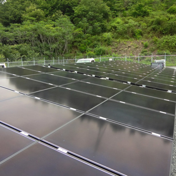太陽光発電設備設置工事のうち太陽光パネル設置工